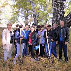 Наша жизнь: посадка деревьев